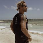 Kitelehrer Plamen Stoikow genießt Sonne, Strand und Wind
