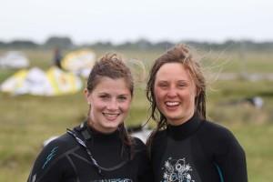 Zwei nette Frauen erzählen uns, warum sie so gerne kitesurfen