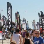 Hersteller von Kite-Ausrüstung buhlen um Aufmerksamkeit